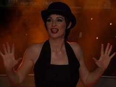 Bonnie Kilroe as Broadway legend Liza Minnelli